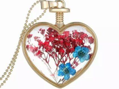 Canlı Çiçek Kolye Kırmızı Mavi Buket